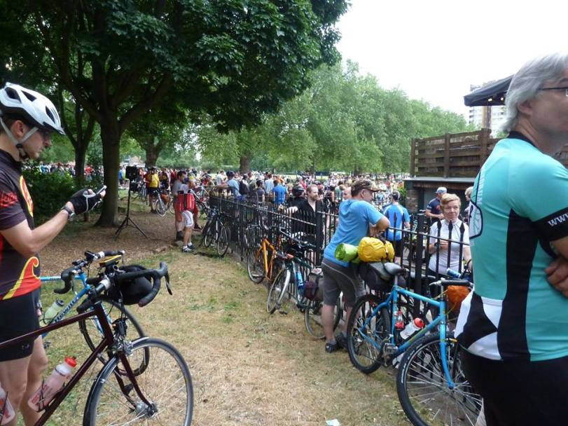 crowd at start